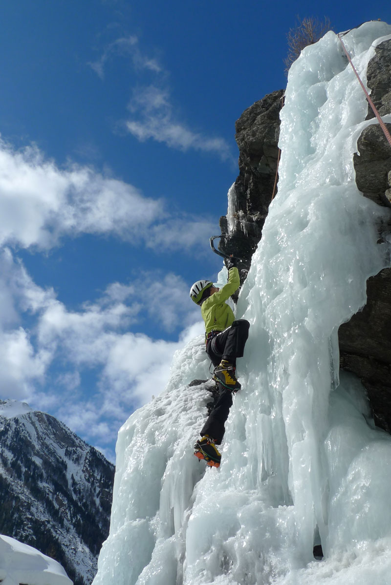 Ice Fall Climbing courses, Chamonix and Cogne